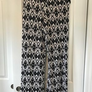 Beach cover up pants  black and white, size med .